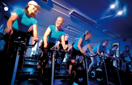 Beneficios del spinning bellezadesalud for Clases de spinning